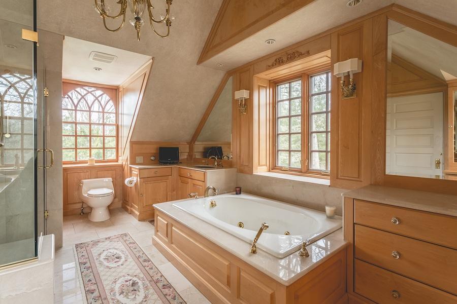 house for sale lower gwynedd smith mansion bathroom