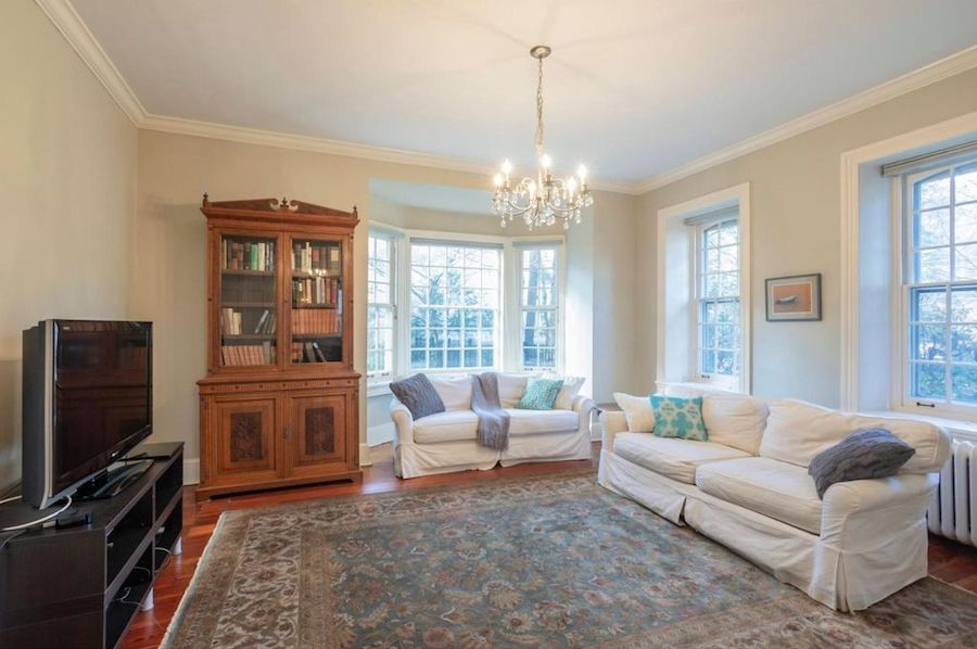 house for sale mt airy colonial family room