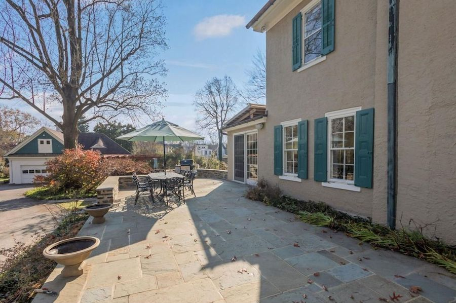 house for sale mt airy colonial patio