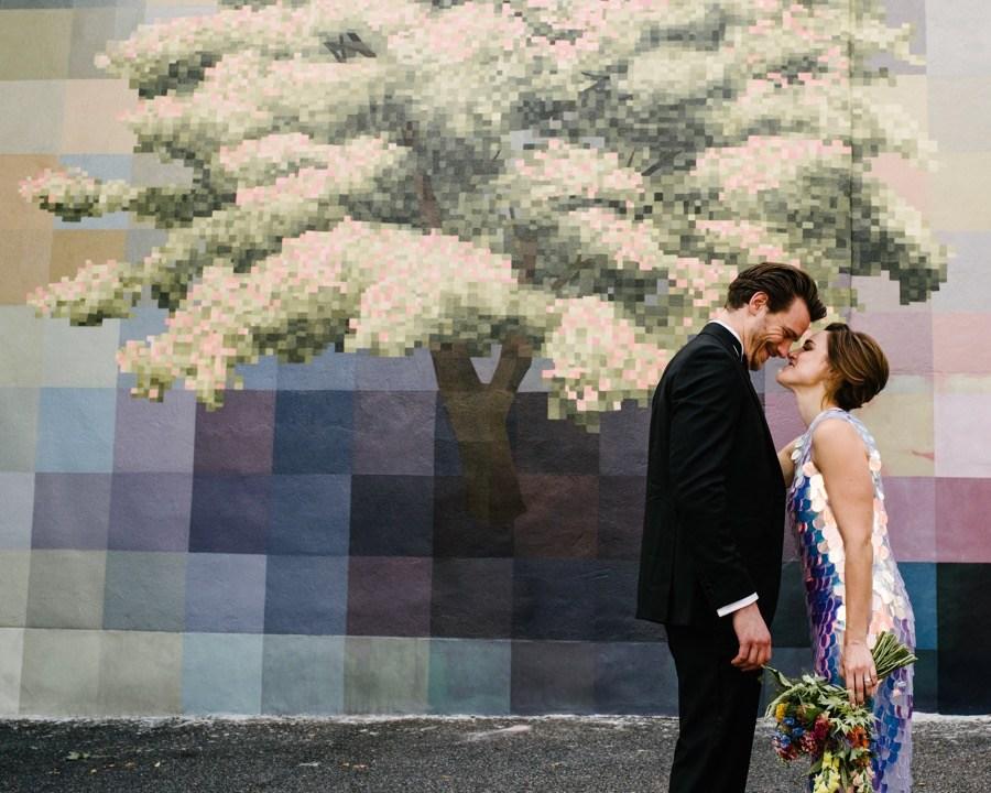 philadelphia mural wedding photos