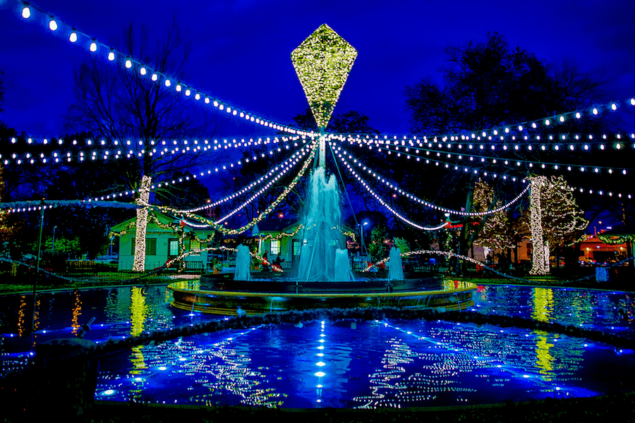 The Best Places to See Holiday Lights Around Philadelphia