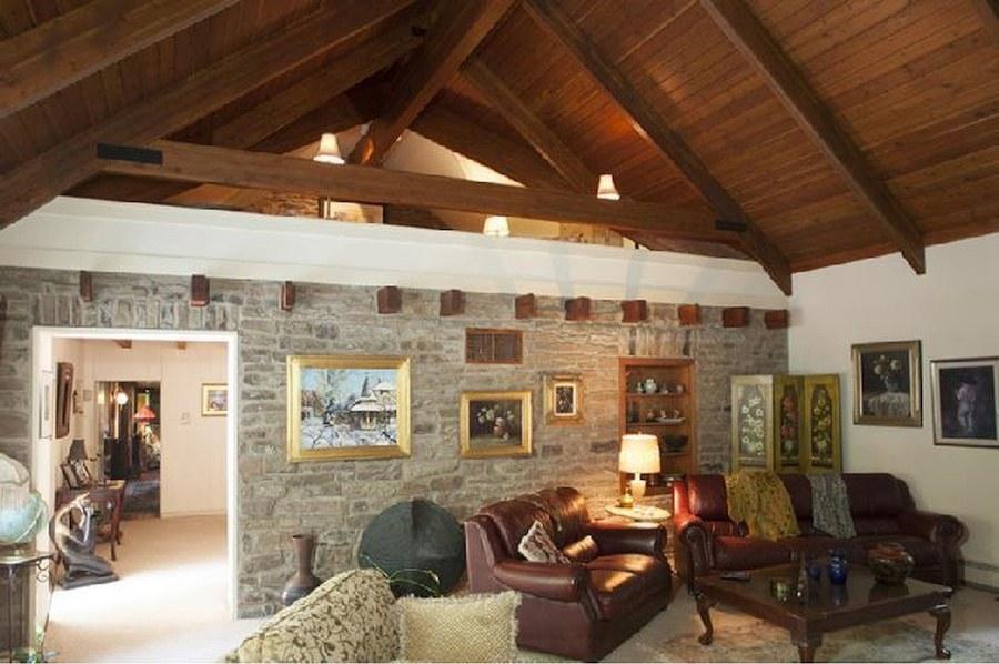 house for sale ottsville horse farm great room