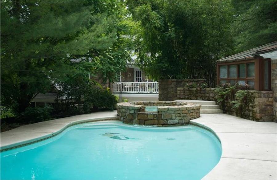 house for sale ottsville horse farm pool