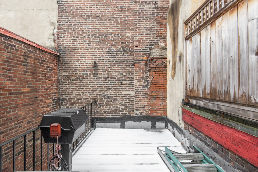 house for sale elfreths alley oldest house roof deck