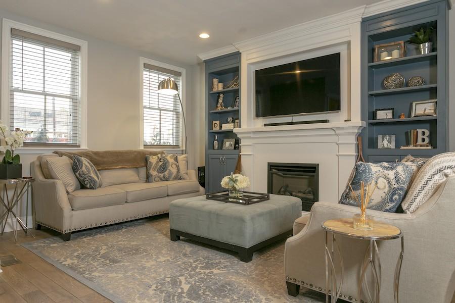 house for sale graduate hospital mansard living room