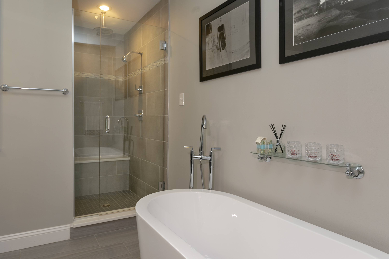house for sale graduate hospital mansard master bathroom