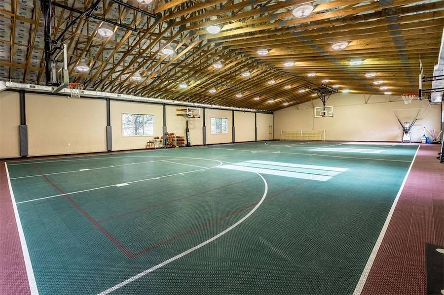 house for sale huntingdon valley colonial active lifestyle resort basketball court