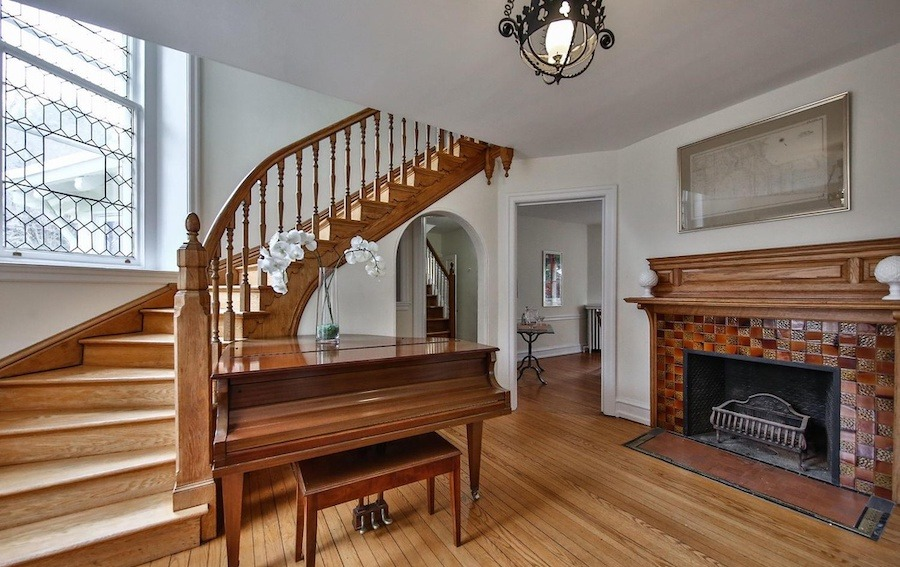 house for sale w mt airy victorian foyer
