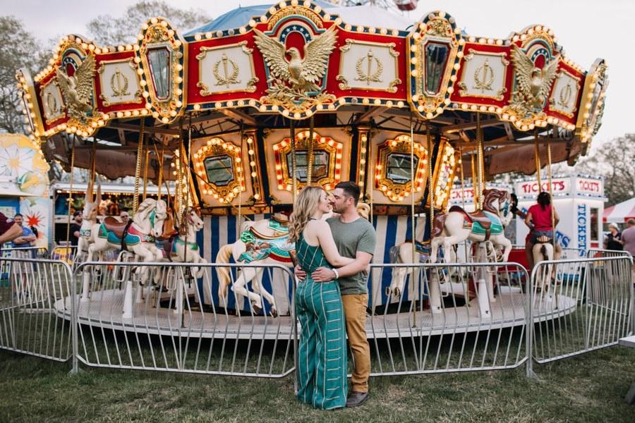 merry-go-round engagement photos