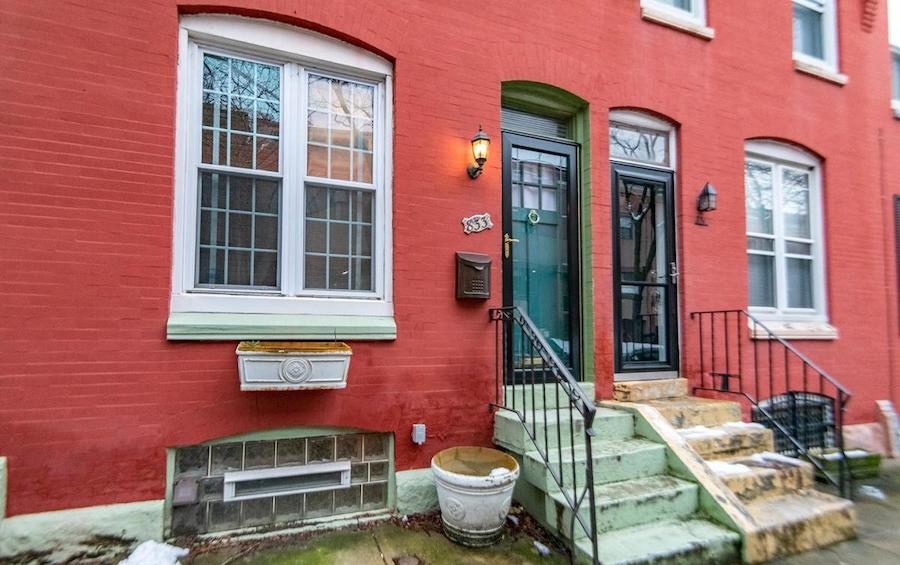 apartment for rent fairmount newkirk st rowhouse