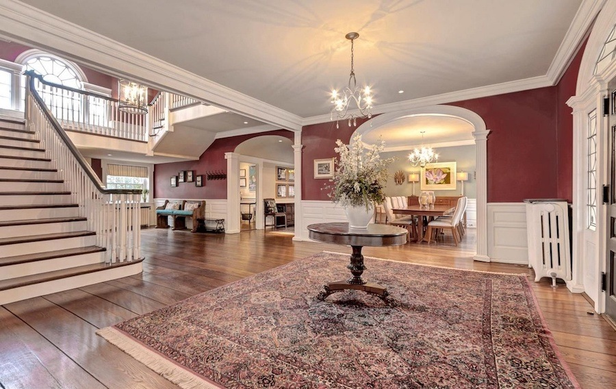 house for sale swarthmore riverview farm foyer