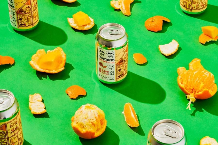 two robbers hard seltzer orange mango