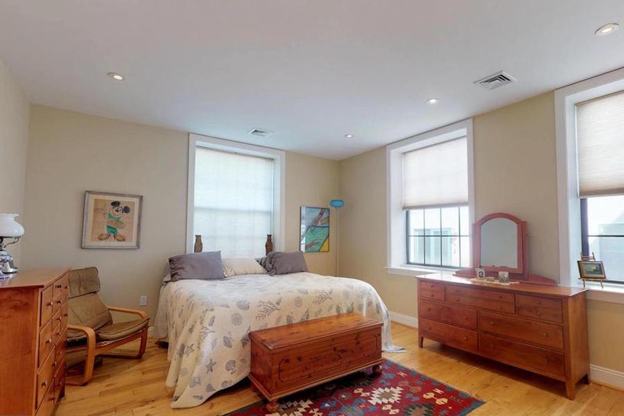 condo for sale bella vista open plan condo master bedroom