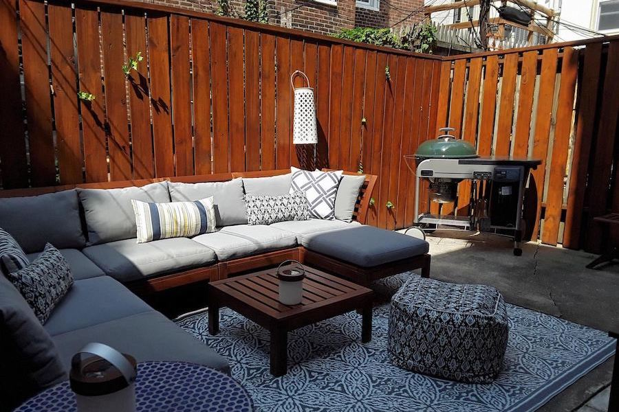 house for sale rittenhouse renovated row house patio
