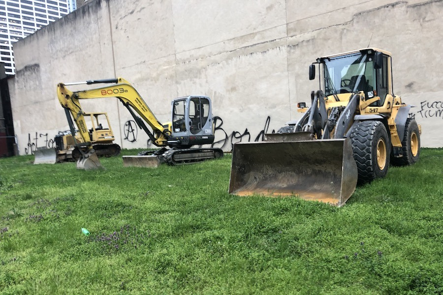 the laurel construction equipment