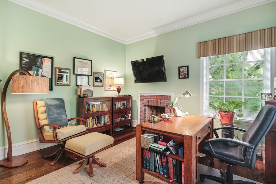 house for sale germantown moderne colonial study