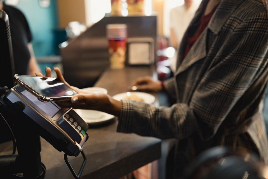 cashless store ban