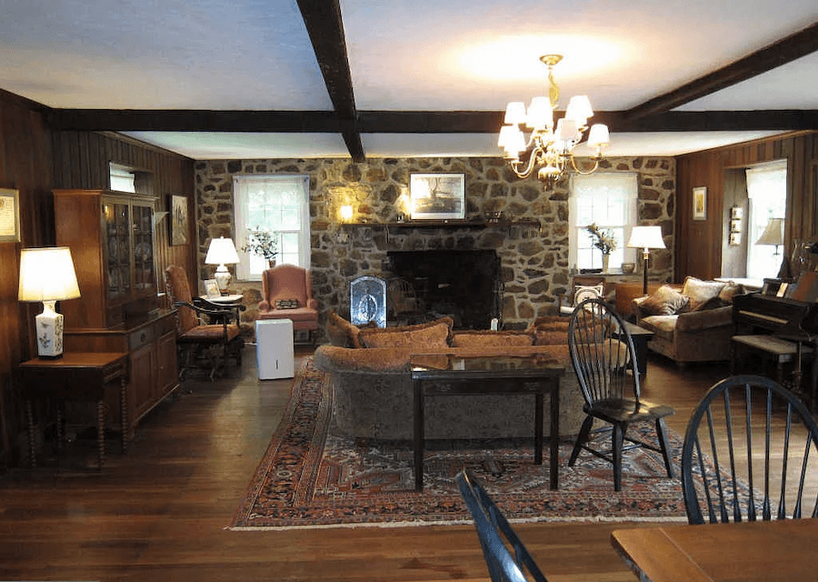 house for sale glen mills rehab ready colonial main living area