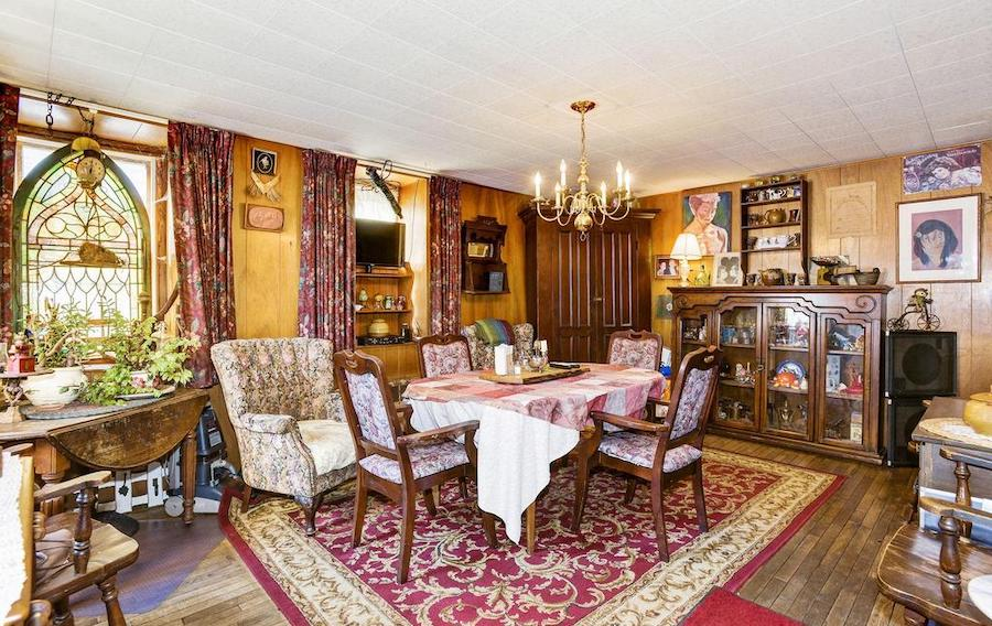 house for sale quakertown raven's nest owner's dining room