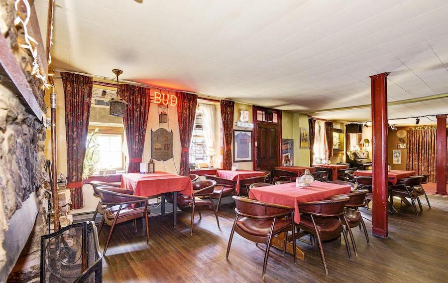 house for sale quakertown raven's nest dining room