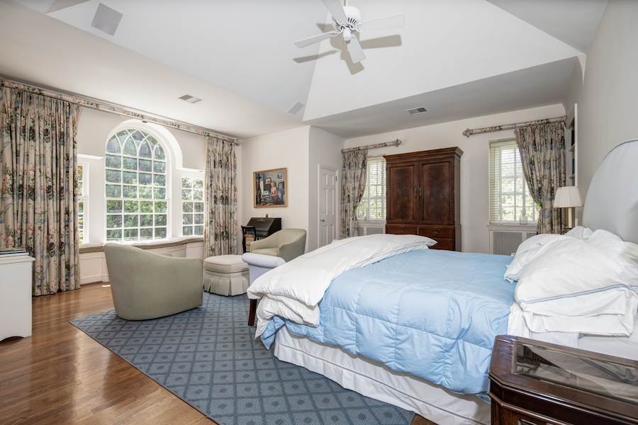house for sale wyndmoor colonial cape master bedroom