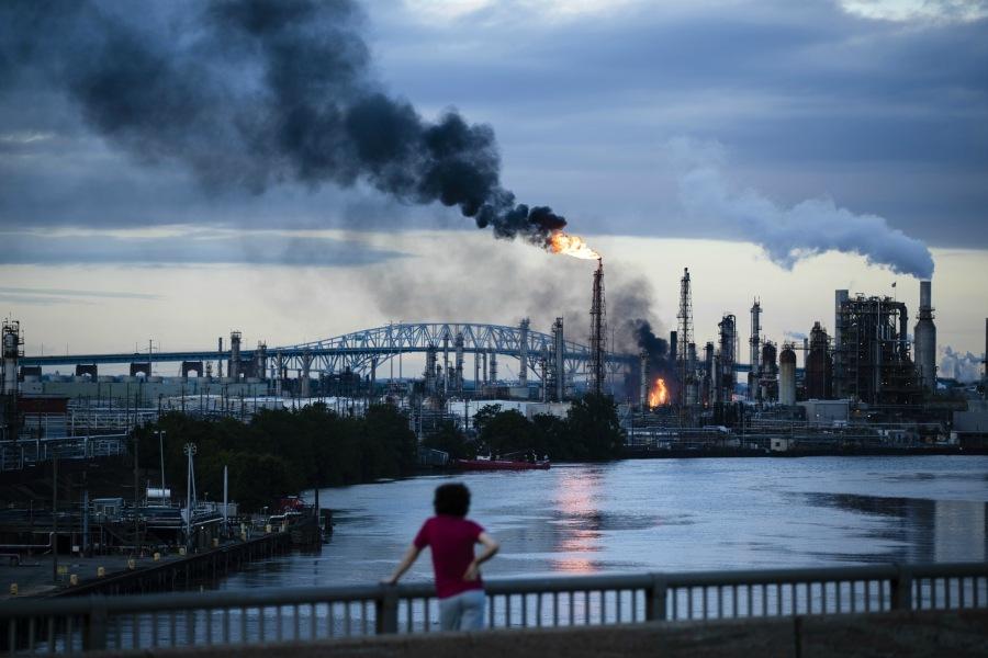 refinery fire explosion philadelphia energy solutions