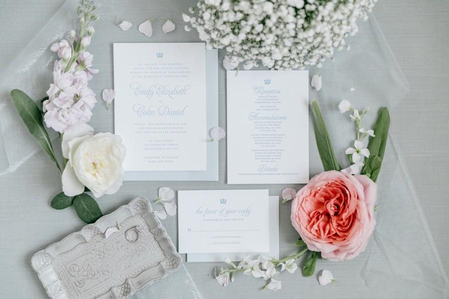 Romantic invitation suite