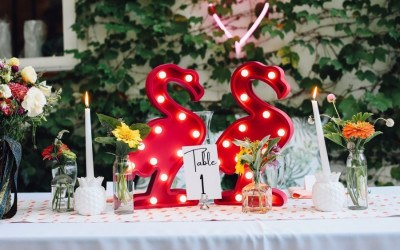 flamingo wedding decor