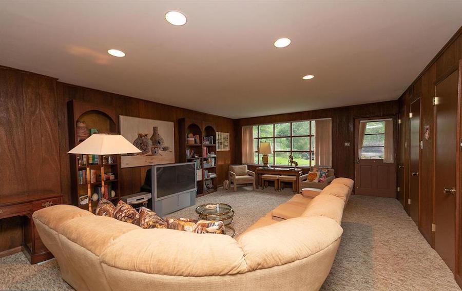 house for sale abington midcentury split-level den