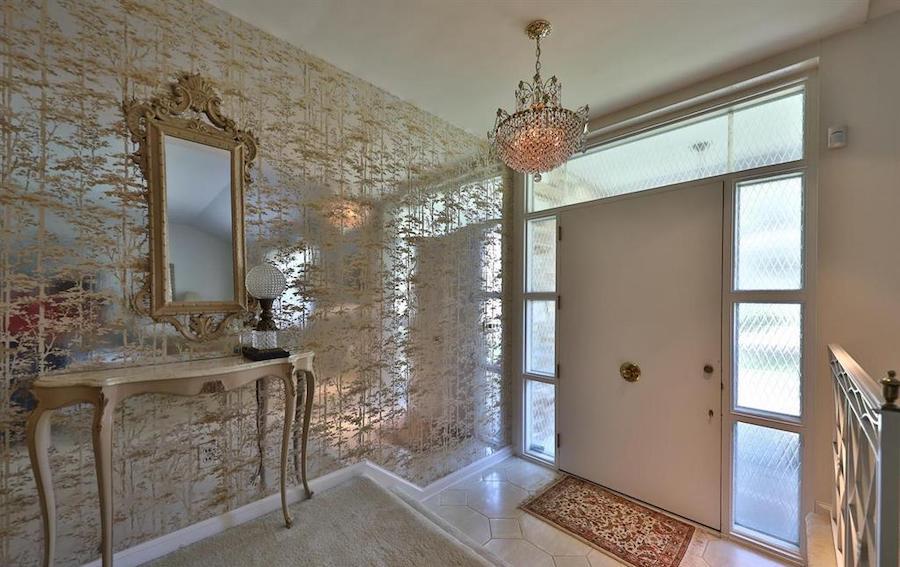 house for sale abington midcentury split-level foyer