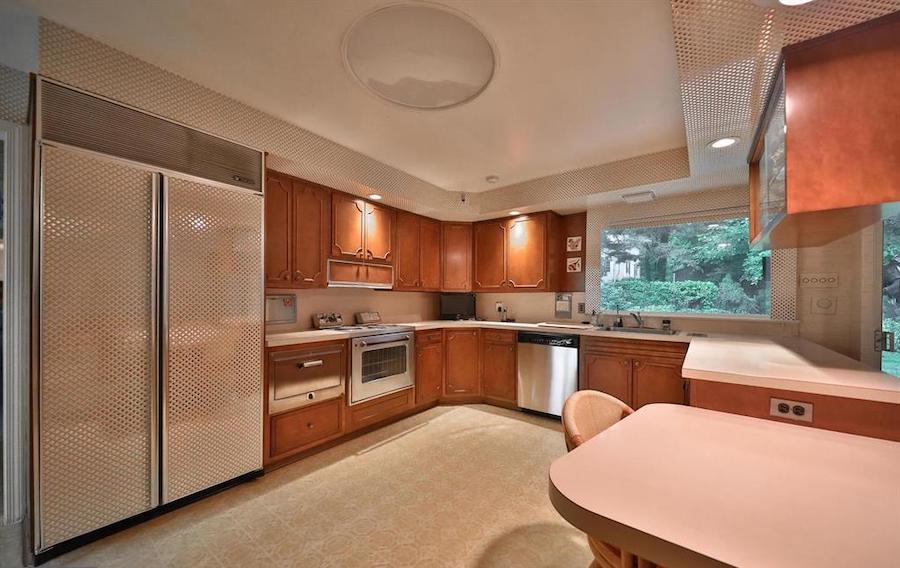 house for sale abington midcentury split-level kitchen