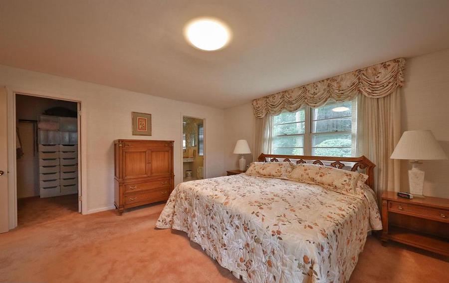 house for sale abington midcentury split-level master bedroom