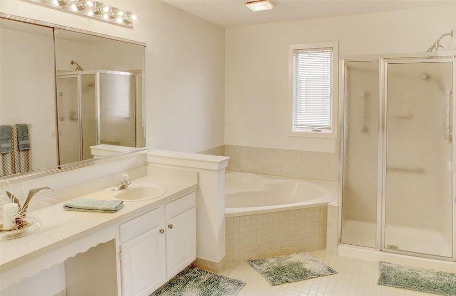 house for sale margate modern mediterranean bathroom