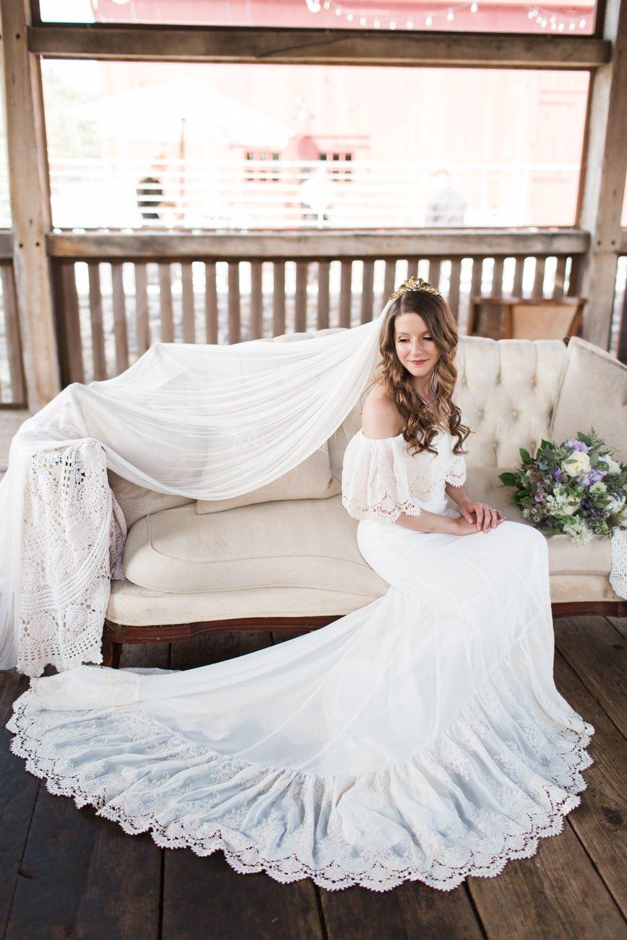 rustic wedding dress with veil