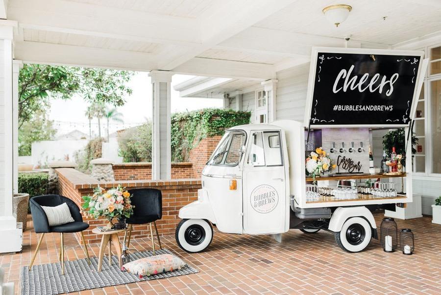bubbles-brews-philly-bar-cart