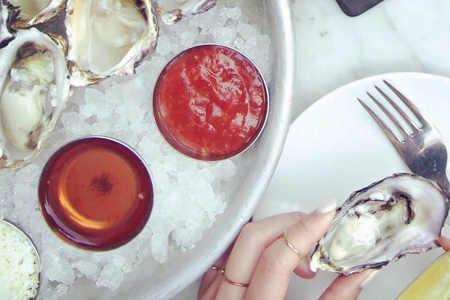 buck-a-shuck dollar oysters fishtown philadelphia