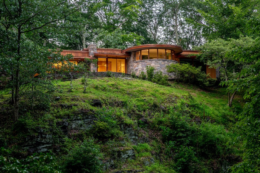 House for Sale: Midcentury Modern Hilltop House in ...