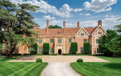 house for sale wyndmoor guildford manor exterior front