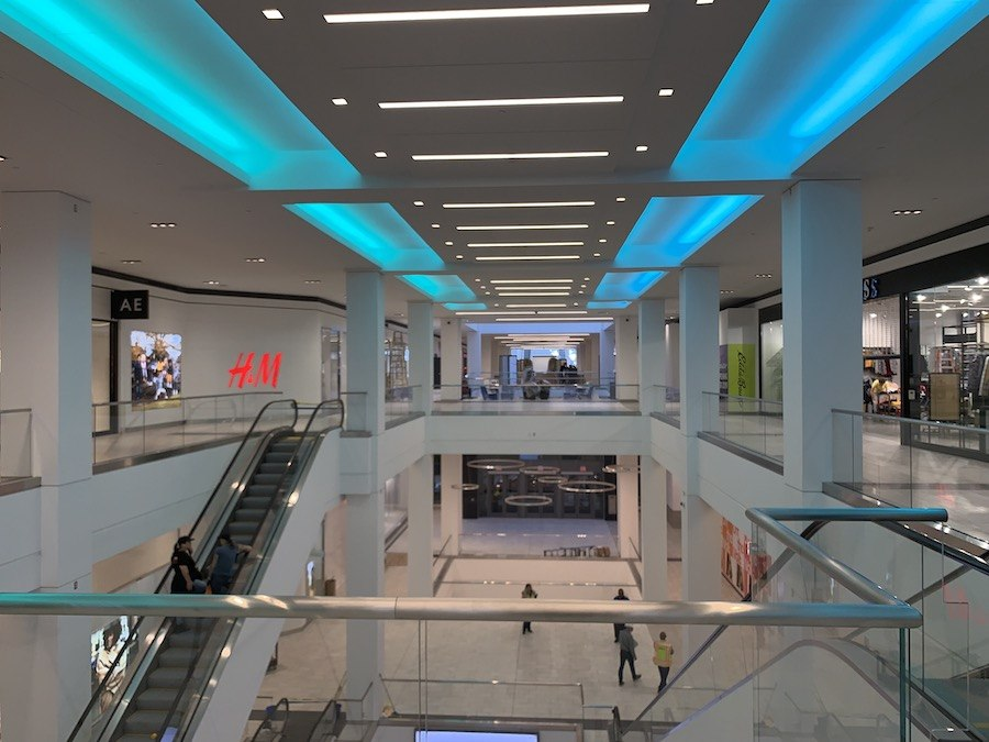fashion district philadelphia review central section of mall