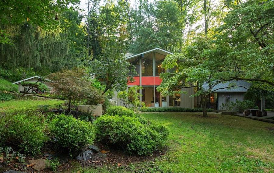 house for sale barren hill midcentury modern side elevation and yard, main wing