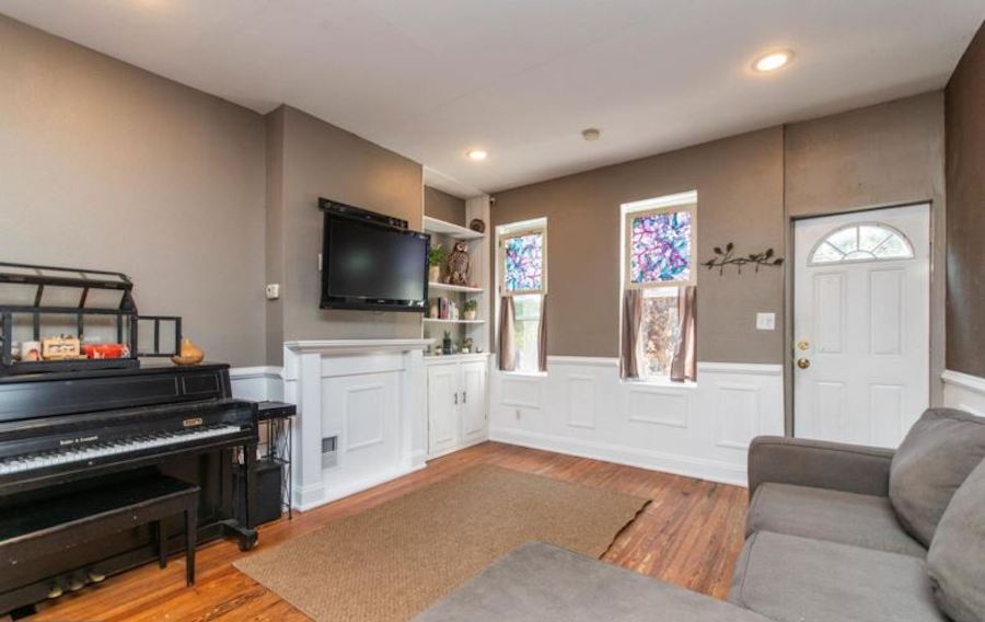 house for sale fishtown renovated rowhouse living room
