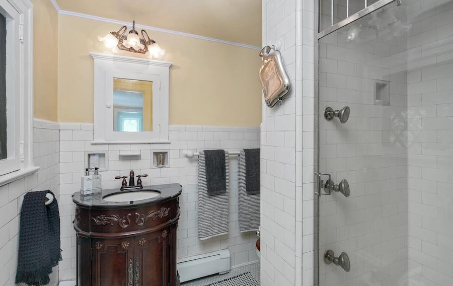 house for sale pine hill capone house capone bathroom