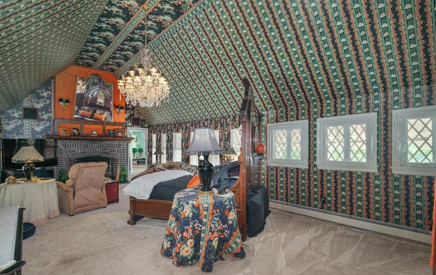 house for sale pine hill capone house master bedroom
