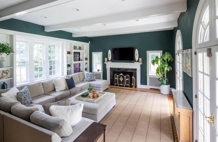 house for sale villanova greystone estate sitting room