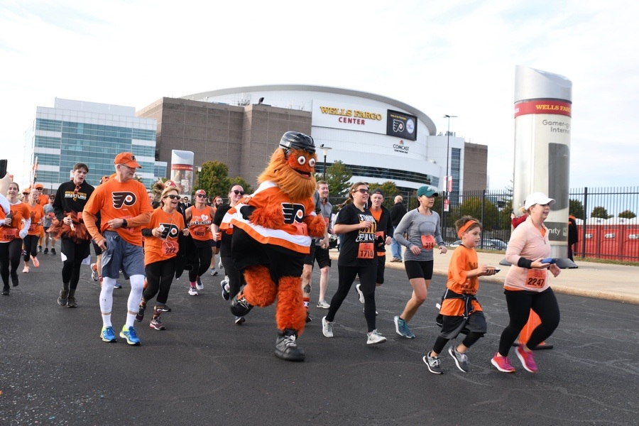 gritty 5K costumes