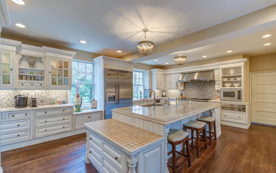 house for sale bryn mawr regency colonial kitchen