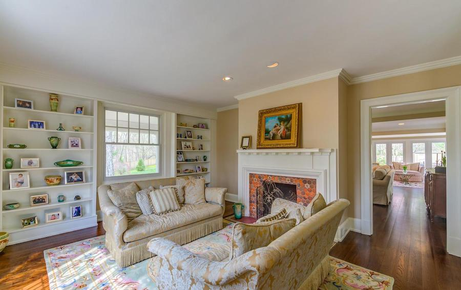 house for sale bryn mawr regency colonial living room