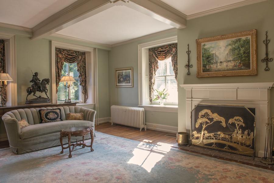 house for sale glenside montier homestead living room