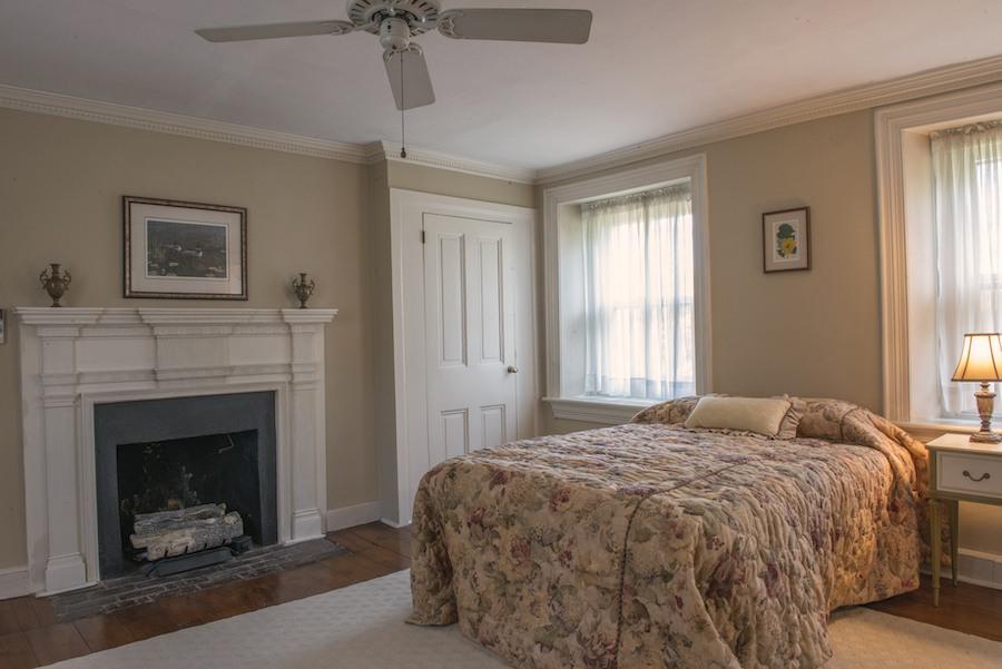 house for sale glenside montier homestead master bedroom