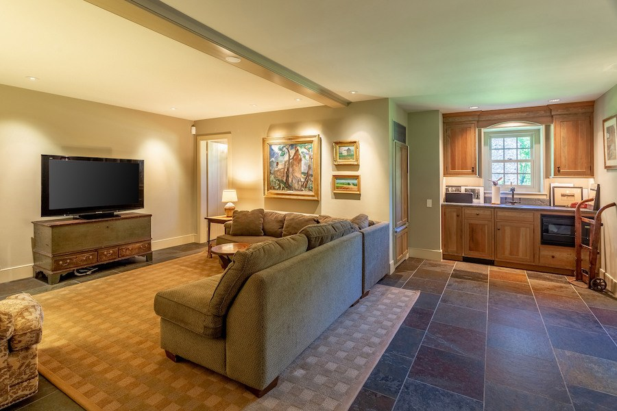 house for sale new hope limepoint farm family room